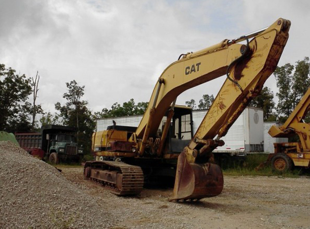 Caterpillar EL200B Excavators
